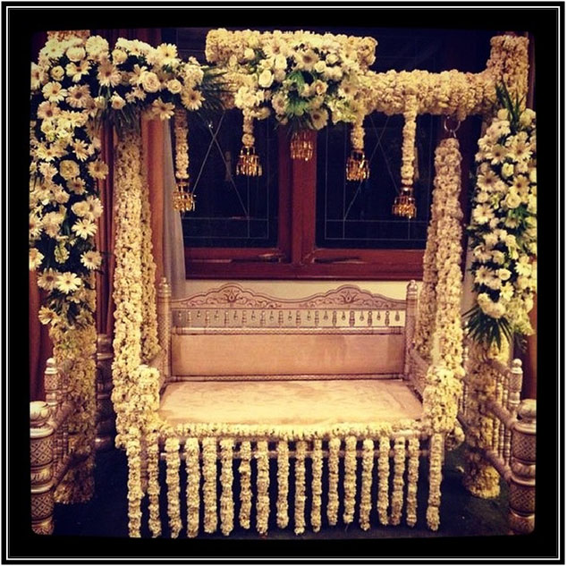 Kalire Decor For Mehendi Seating